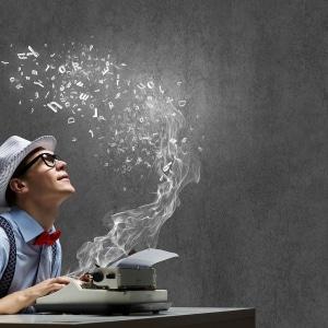 schreiben eines essays Im folgenden beitrag erfährst du, wie du ein essay schreibst beim schreiben eines essays ist es besonders wichtig, dass du beim schreiben einem roten faden folgst.