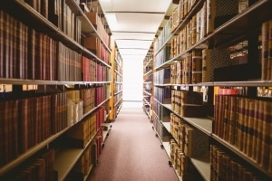 Buch schreiben: Schritt für Schritt zum eigenen Roman