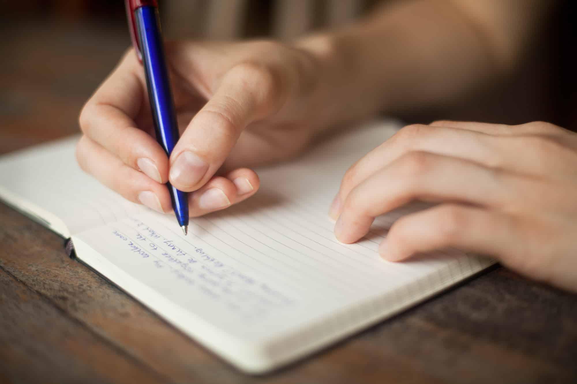 Tagebuch schreiben: 7 gute Gründe + 8 Tipps zum Durchstarten